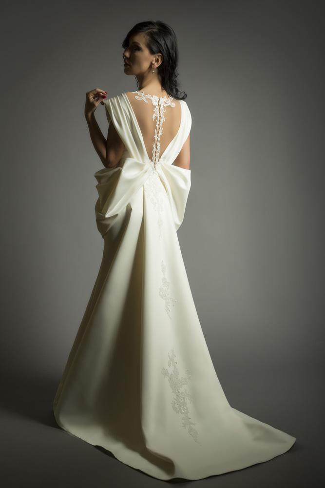 charm bride 13