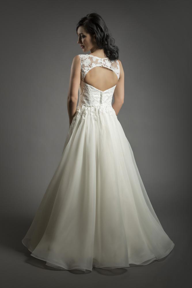charm bride 2